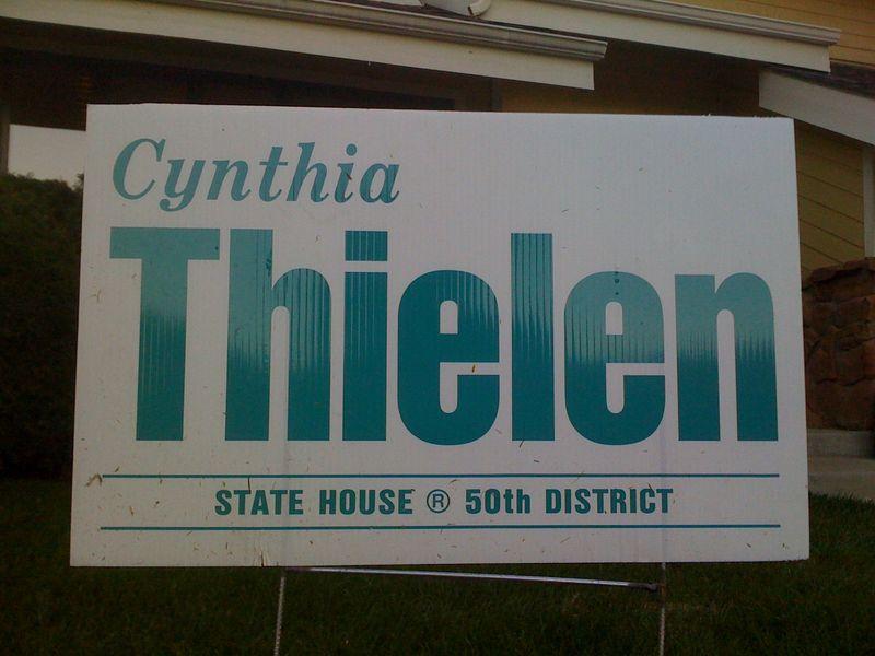 CynthiaThielenYardSign
